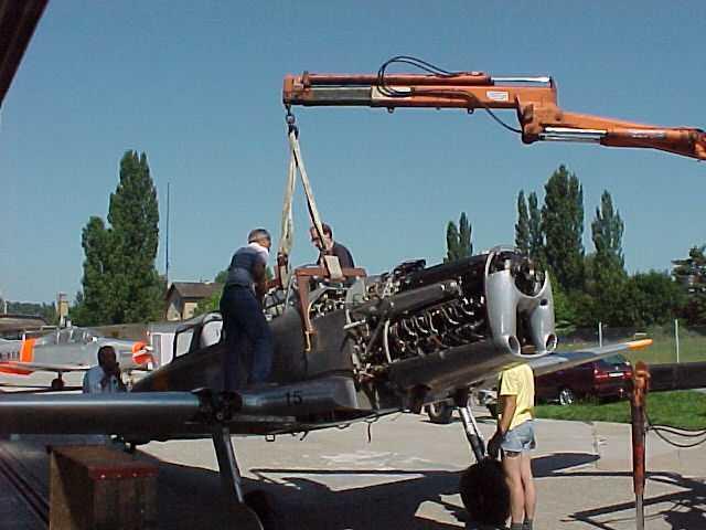 Demontage einer Pilatus P-2