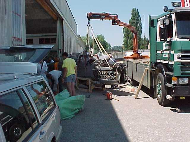 Verladen auf den Lastwagen